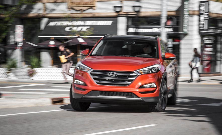 2016 Hyundai Tucson Limited - Slide 1