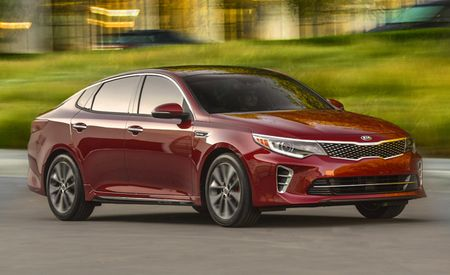2016 Kia Optima Priced Optimally for Mid-Size War