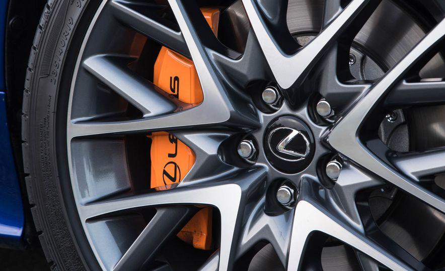 2016 Lexus RC200t F Sport - Slide 6