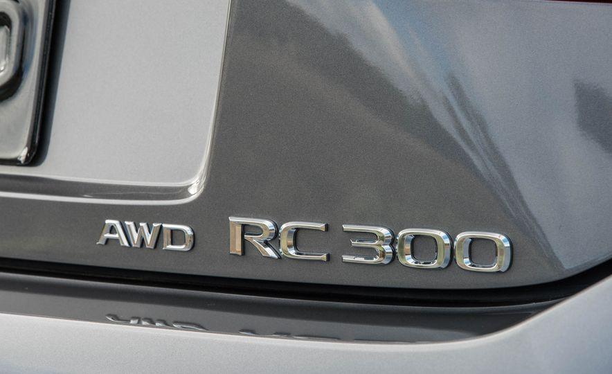 2016 Lexus RC200t F Sport - Slide 14