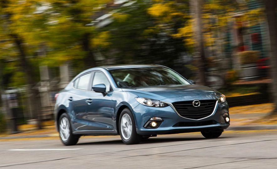 2016 Mazda 3 2.0L sedan - Slide 2