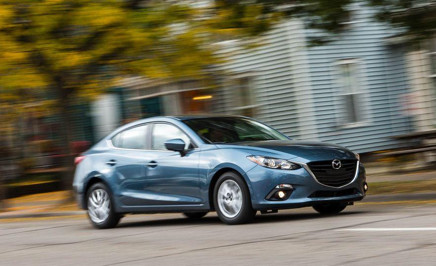 2016 Mazda 3 2.0L sedan - Slide 3