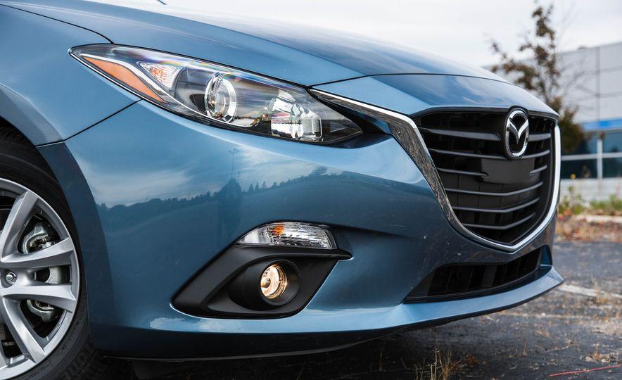 2016 Mazda 3 2.0L sedan - Slide 14