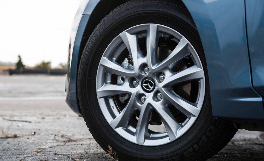 2016 Mazda 3 2.0L sedan - Slide 18