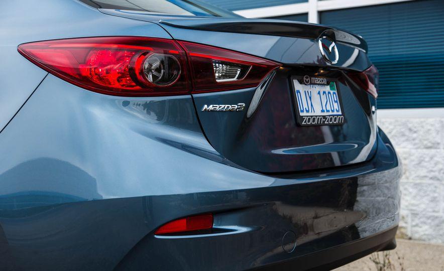 2016 Mazda 3 2.0L sedan - Slide 19