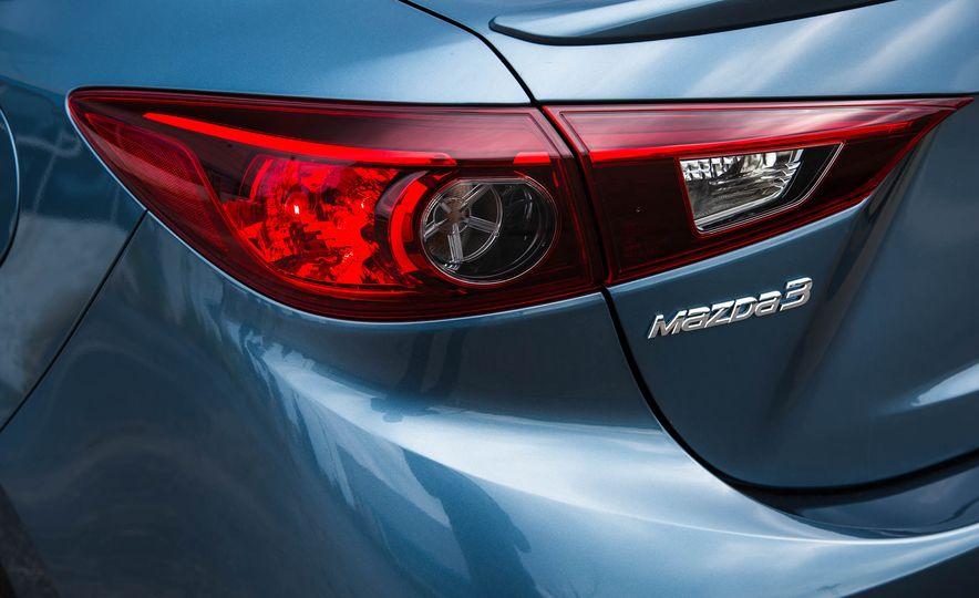 2016 Mazda 3 2.0L sedan - Slide 20