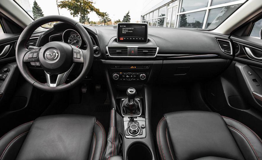 2016 Mazda 3 2.0L sedan - Slide 24