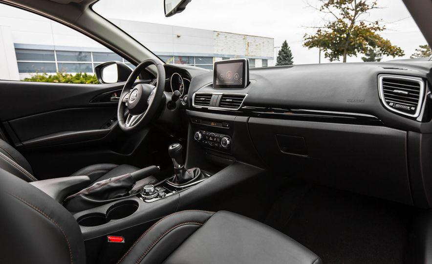 2016 Mazda 3 2.0L sedan - Slide 25