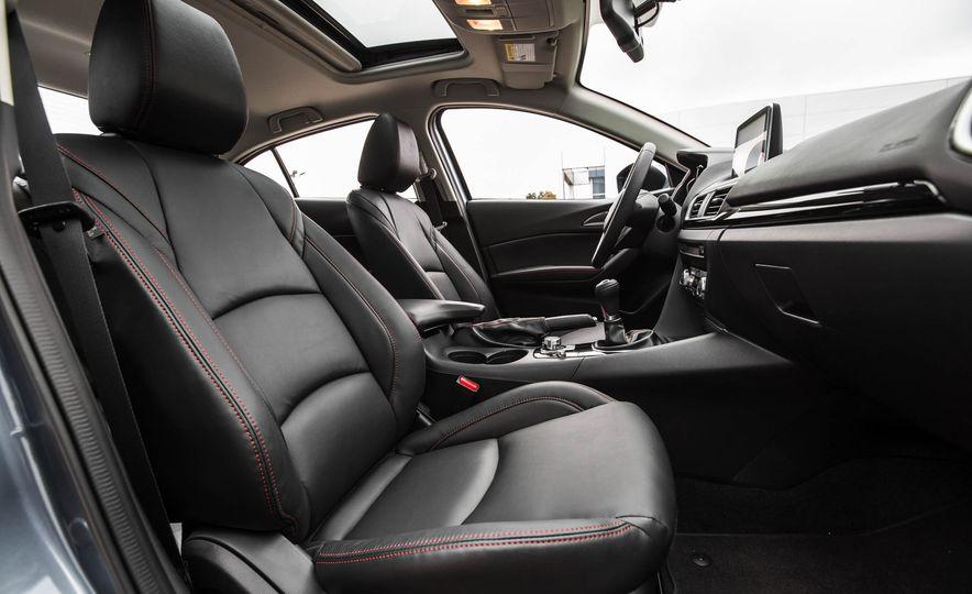 2016 Mazda 3 2.0L sedan - Slide 27