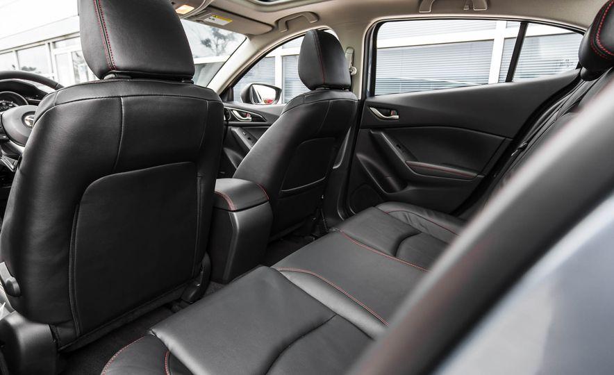 2016 Mazda 3 2.0L sedan - Slide 29