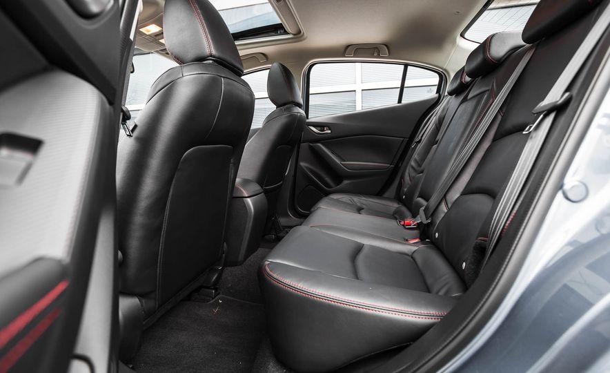 2016 Mazda 3 2.0L sedan - Slide 30