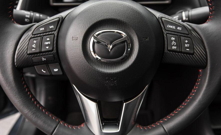 2016 Mazda 3 2.0L sedan - Slide 35