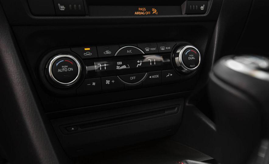 2016 Mazda 3 2.0L sedan - Slide 38