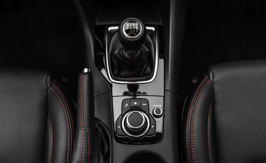 2016 Mazda 3 2.0L sedan - Slide 39