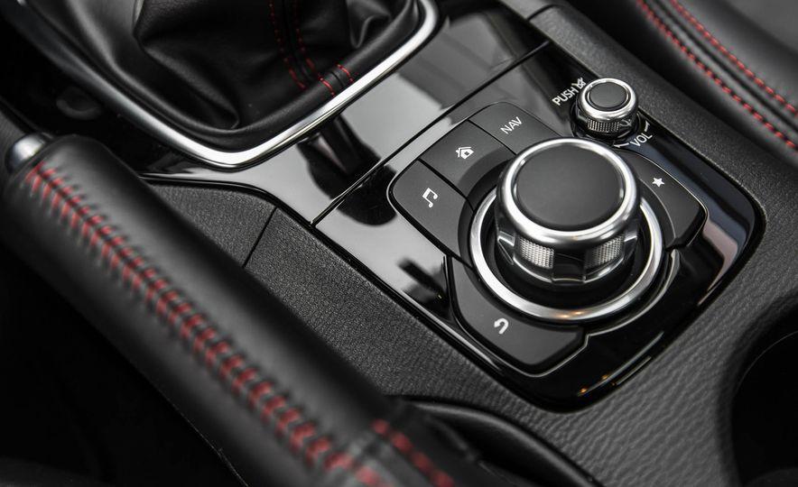 2016 Mazda 3 2.0L sedan - Slide 40