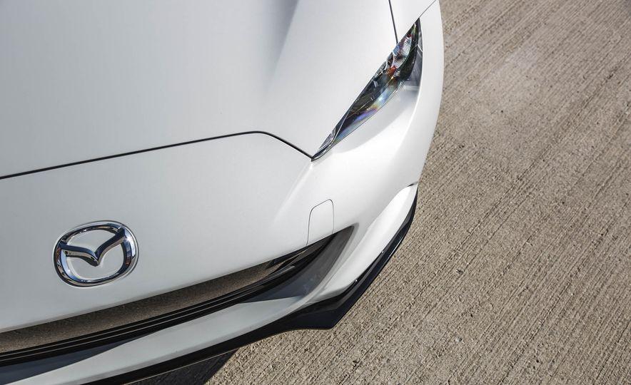 2016 Mazda MX-5 Miata - Slide 117