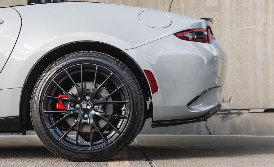 2016 Mazda MX-5 Miata - Slide 120
