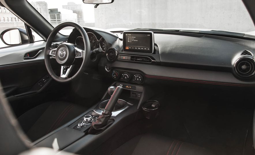 2016 Mazda MX-5 Miata - Slide 129
