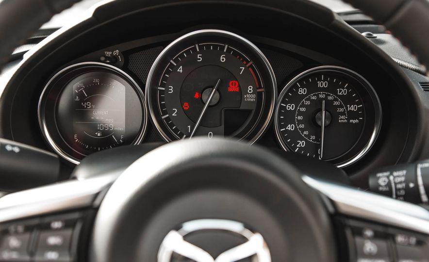2016 Mazda MX-5 Miata - Slide 135