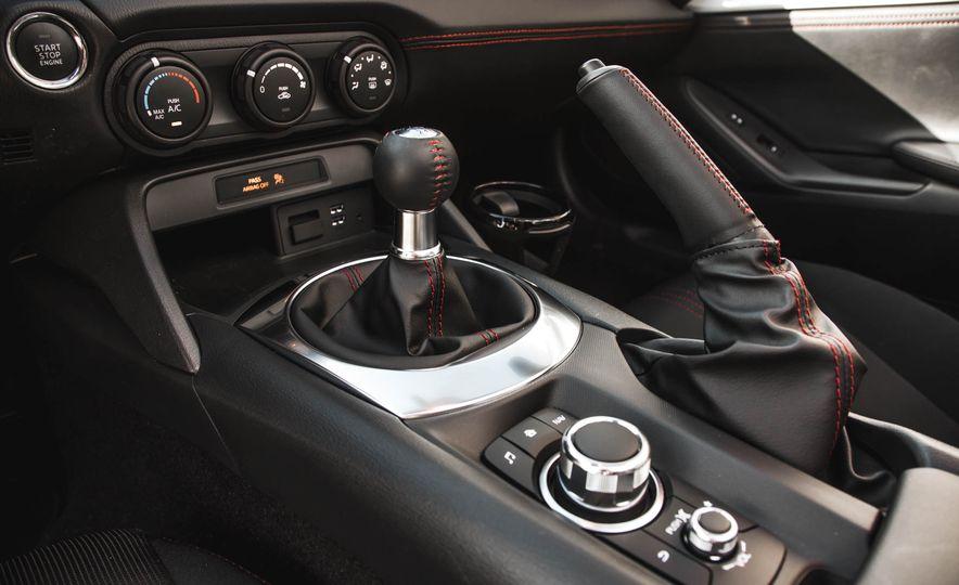 2016 Mazda MX-5 Miata - Slide 139
