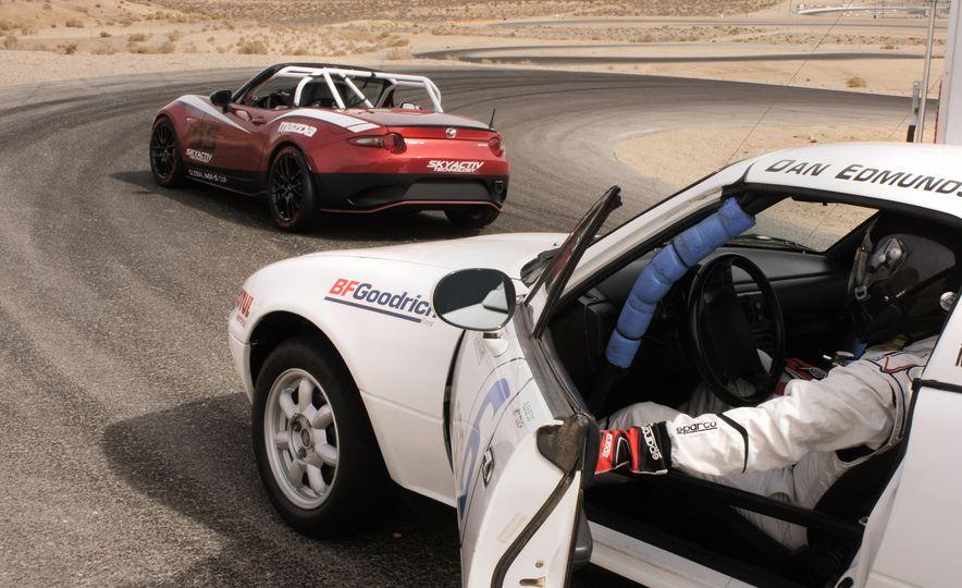 2016 Mazda MX-5 Miata Cup race cars - Slide 30