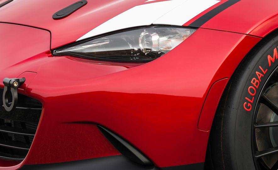 Mazda Miata Speedster concept - Slide 12