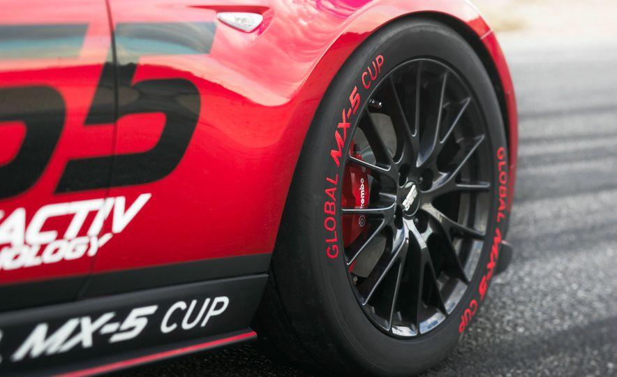 Mazda Miata Speedster concept - Slide 10