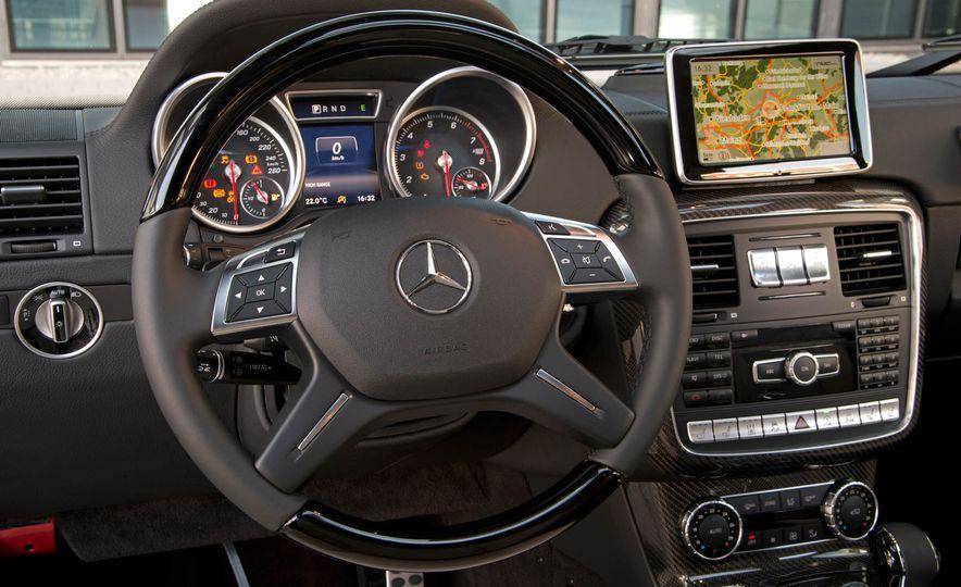 2016 Mercedes-Benz G500 (Euro-spec) - Slide 22