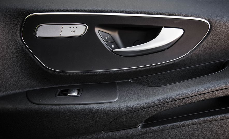 2016 Mercedes-Benz Metris - Slide 41
