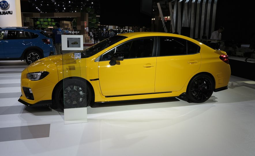 2016 Subaru WRX STI S207 - Slide 3