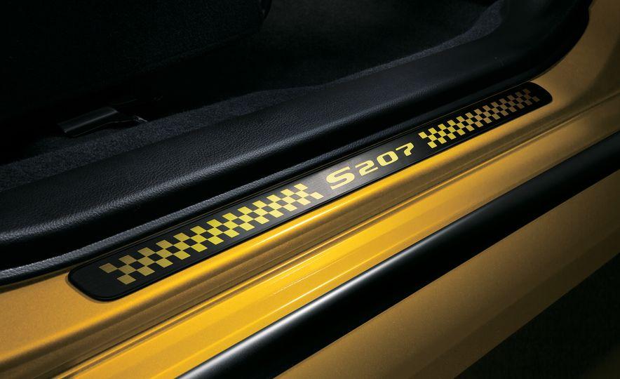 2016 Subaru WRX STI S207 - Slide 29