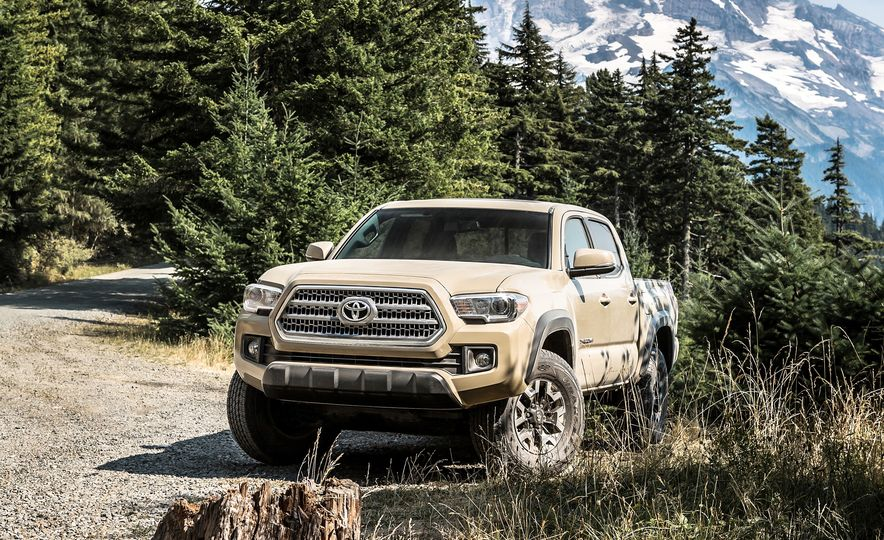 2015 Chevrolet Colorado LT 4WD and 2016 Toyota Tacoma TRD Off-Road 4x4 - Slide 33