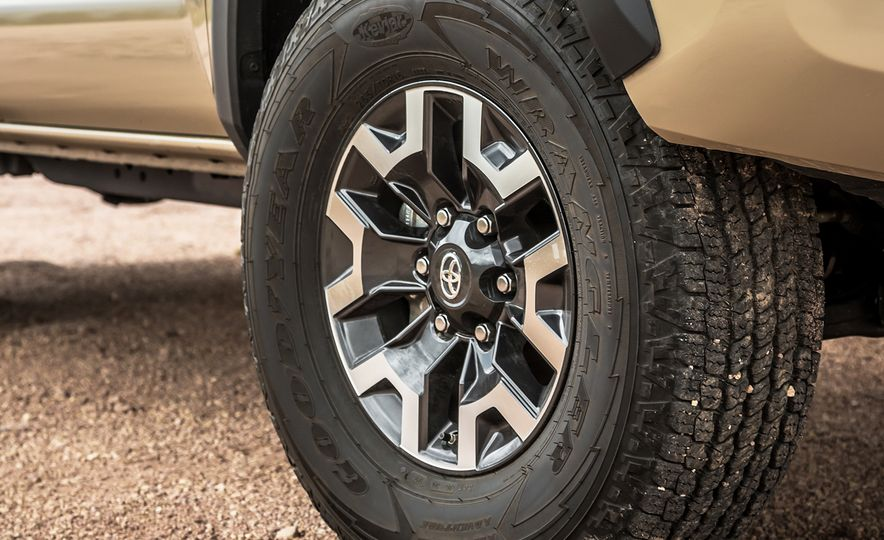 2015 Chevrolet Colorado LT 4WD and 2016 Toyota Tacoma TRD Off-Road 4x4 - Slide 38