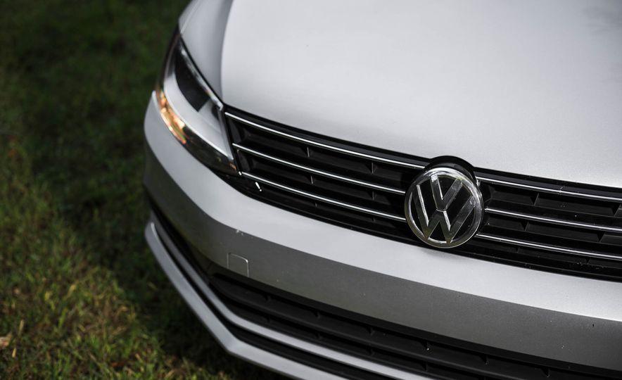 2016 Volkswagen Jetta 1.4T - Slide 5