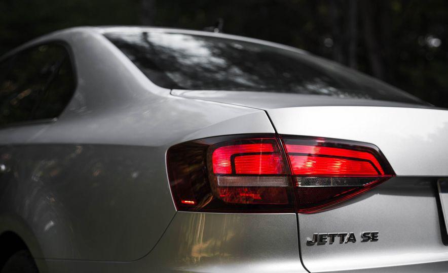 2016 Volkswagen Jetta 1.4T - Slide 8