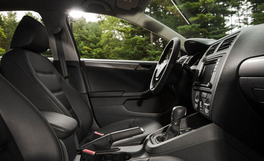 2016 Volkswagen Jetta 1.4T - Slide 12