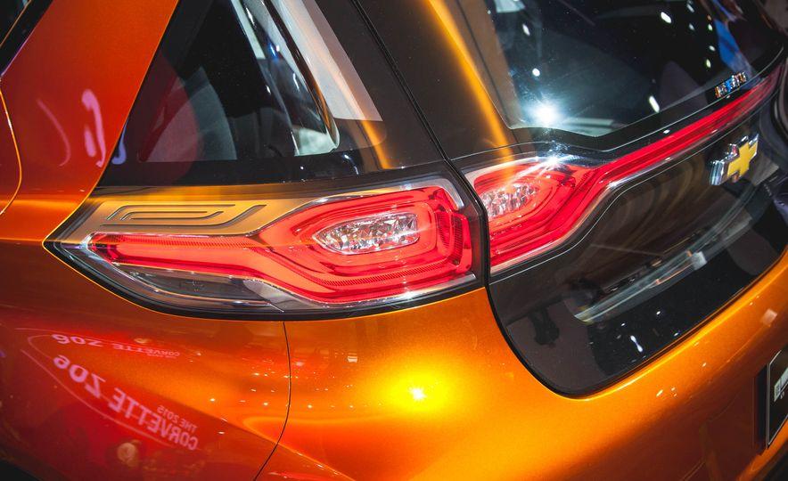 Chevrolet Bolt concept - Slide 9