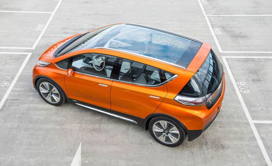 Chevrolet Bolt concept - Slide 16