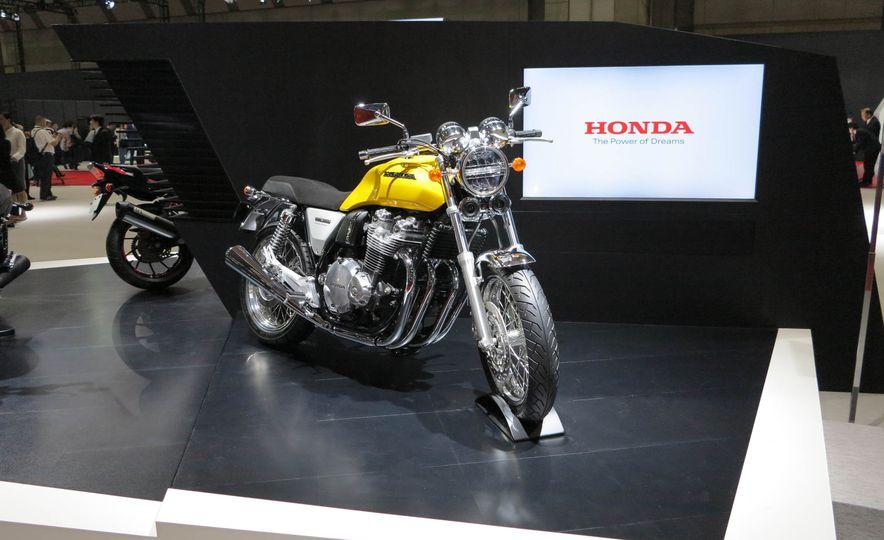 Honda Concept CB - Slide 1