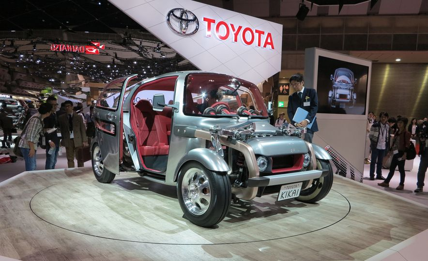Turning Japanese: 7 Must-See Vehicles from the 2015 Tokyo Motor Show - Slide 2