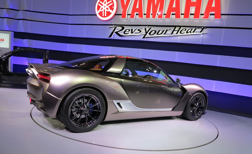 Turning Japanese: 7 Must-See Vehicles from the 2015 Tokyo Motor Show - Slide 7