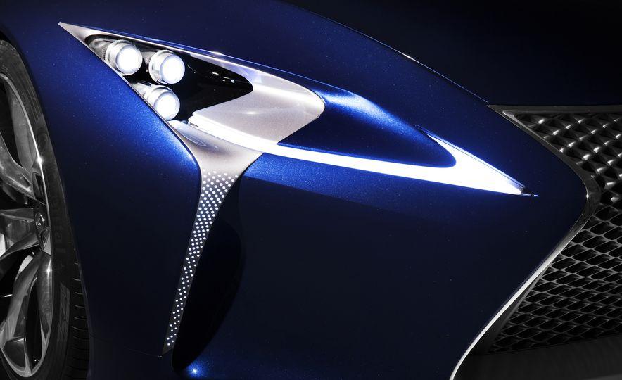 2017 Lexus LC (spy photo) - Slide 30