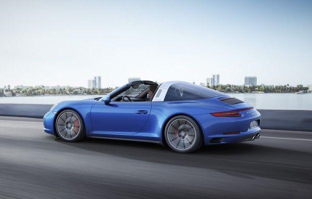 2017 Porsche 911 Carrera 4Ss Photo Gallery