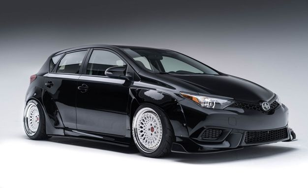 iM's the Illest 'Yota Auris from Here to Gardena: Two Scion iMs for SEMA