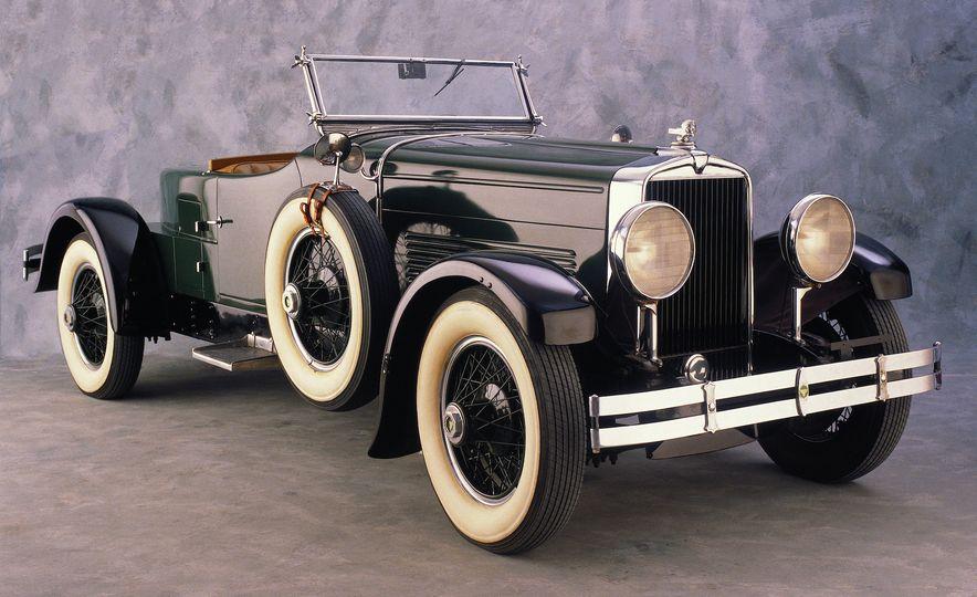 10 Luxury Car Brands That Time Forgot - Slide 20