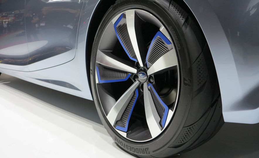 Subaru Impreza concept - Slide 16