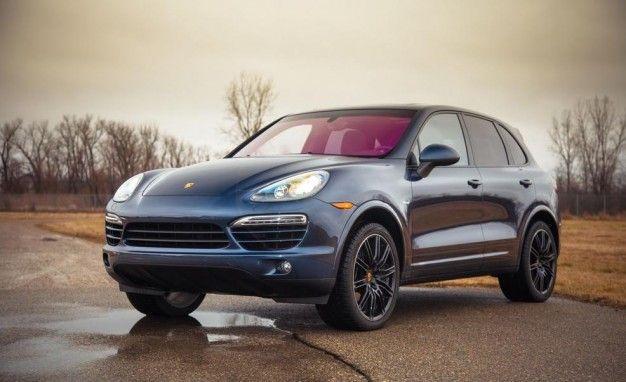 Porsche Halts Cayenne Diesel Sales Volkswagen Probing 800000 More
