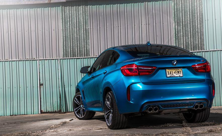 2015 BMW X6 M - Slide 6