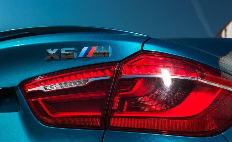 2015 BMW X6 M - Slide 14