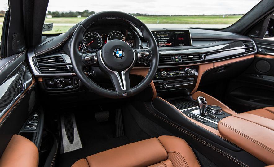 2015 BMW X6 M - Slide 21